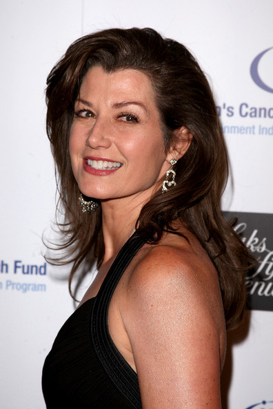 Amy Grant's Layered Hairstyle