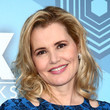 Geena Davis's Textured Waves