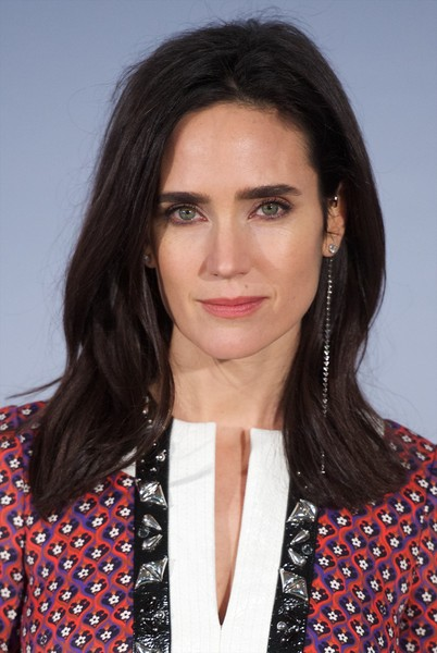 Jennifer Connelly's Side-Parted Cut