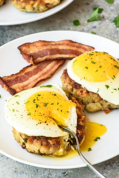Breakfast Stuffing Cakes