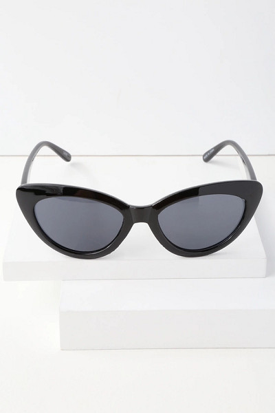 Chill Out Cat Eye Sunglasses