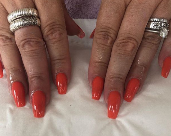 Orange Red 20 Great Nail Colors For Women Over 50 To Try