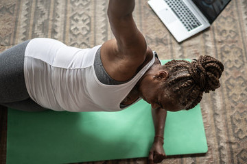 The Best Workout Apps For Women Over 50